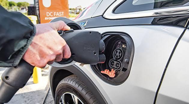 elektrikli-araçlara-ödül-veriliyor